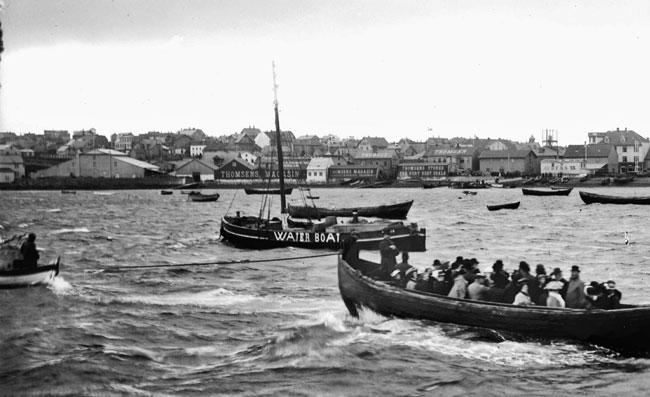 Reykjavík árið 1909. Íshúsið lengst til vinstri. Ljósmyndari Magnús Ólafsson. Ljósmyndasafn Reykjavíkur.